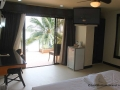 lost-horizon-beach-resort-suite-room-10